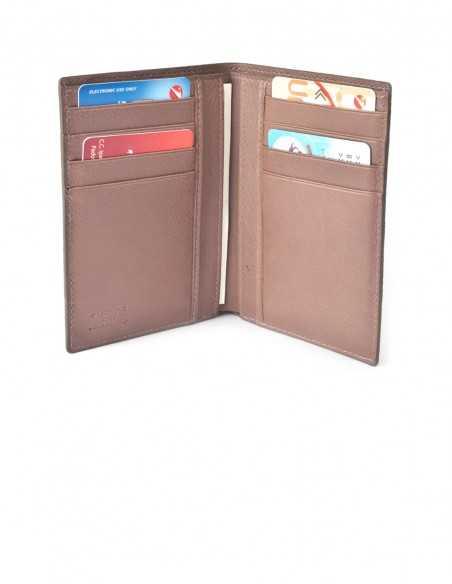 Men's Compact Elephant Wallet Interior Organization